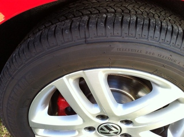 Tire Pressure:  How To Monitor As Seasons Change